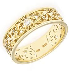 Ажурное обручальное кольцо с бриллиантом