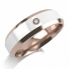 Обручальное кольцо из золота с керамикой и бриллиантом