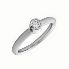Кольцо из белого золота 750 пробы с бриллиантом