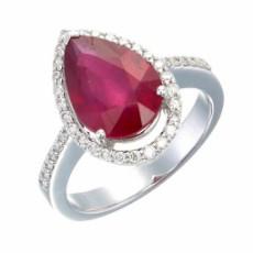 Кольцо из белого золота с рубином и бриллиантами