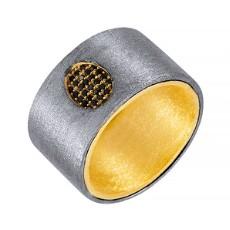 Кольцо из серебра 925 пробы с шпинелью