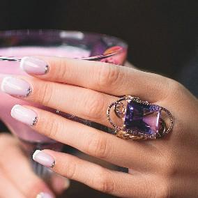 Ultra Violet - самый модный цвет сезона!